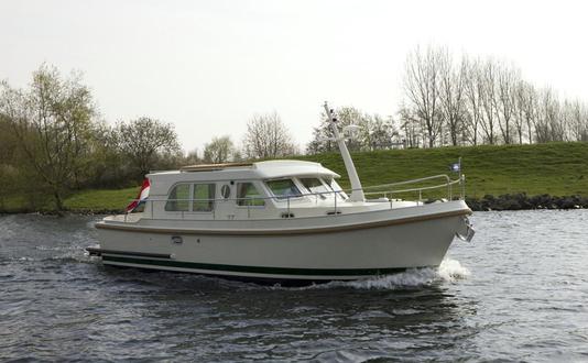 Linssen Grand Sturdy 34.9 Sedan Carlotta