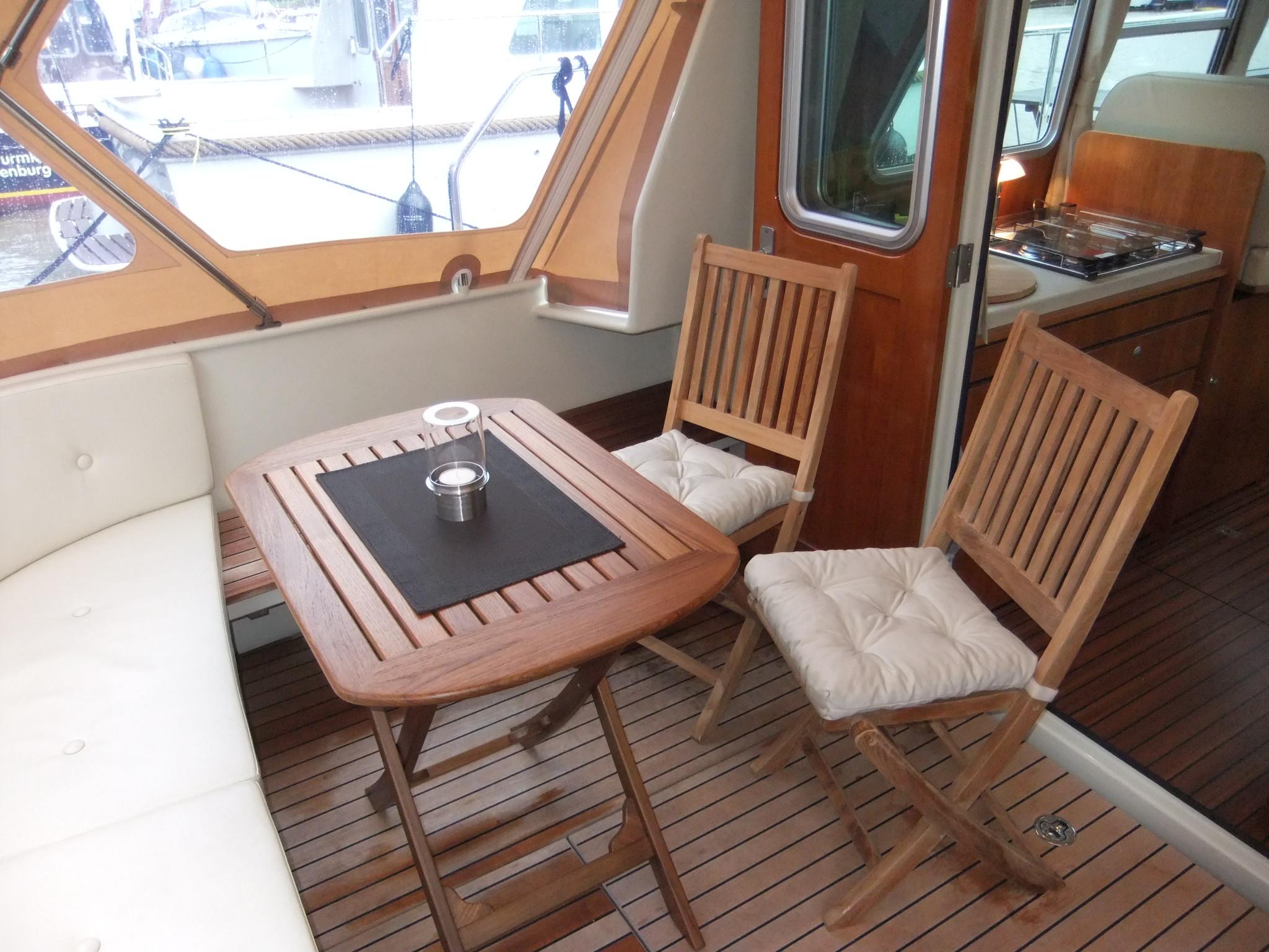 linssen grand sturdy 29 9 sedan yachtcharter canal du midi. Black Bedroom Furniture Sets. Home Design Ideas